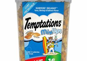 Temptations MixUps Treats for Cats SURFER'S DELIGHT Flavor, 16 oz. Tub (10116934)